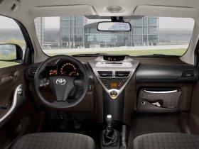 Ver foto 14 de Toyota IQ 2009