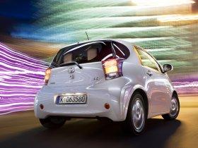 Ver foto 2 de Toyota IQ 2009