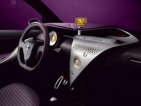 Ver foto 5 de Toyota IQ Concept 2007