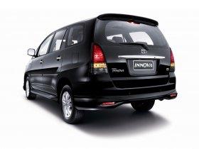 Ver foto 2 de Toyota Innova V 2009