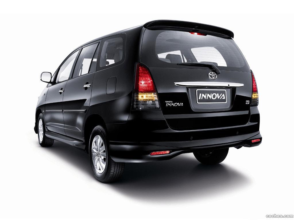 Foto 1 de Toyota Innova V 2009