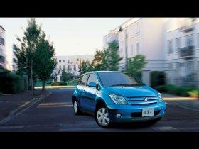 Ver foto 4 de Toyota Ist 2002