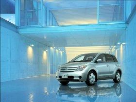Ver foto 1 de Toyota Ist 2002