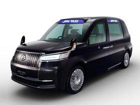 Ver foto 1 de Toyota JPN Taxi Concept 2013