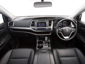 Ver foto 23 de Toyota Kluger 2014