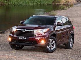 Ver foto 14 de Toyota Kluger 2014