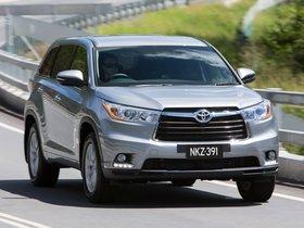 Ver foto 10 de Toyota Kluger 2014