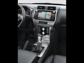 Ver foto 19 de Toyota Land Cruiser 150 2017