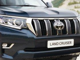 Ver foto 17 de Toyota Land Cruiser 150 2017