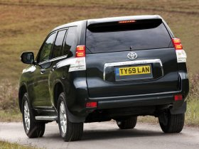 Ver foto 17 de Toyota Land Cruiser 150 Prado 5 door UK 2009
