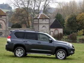 Ver foto 14 de Toyota Land Cruiser 150 Prado 5 door UK 2009