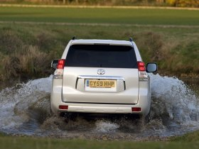 Ver foto 7 de Toyota Land Cruiser 150 Prado 5 door UK 2009