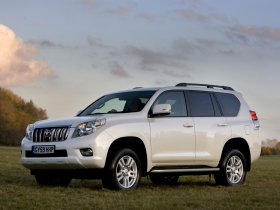 Ver foto 6 de Toyota Land Cruiser 150 Prado 5 door UK 2009