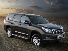 Ver foto 26 de Toyota Land Cruiser 150 Prado 5 door UK 2009