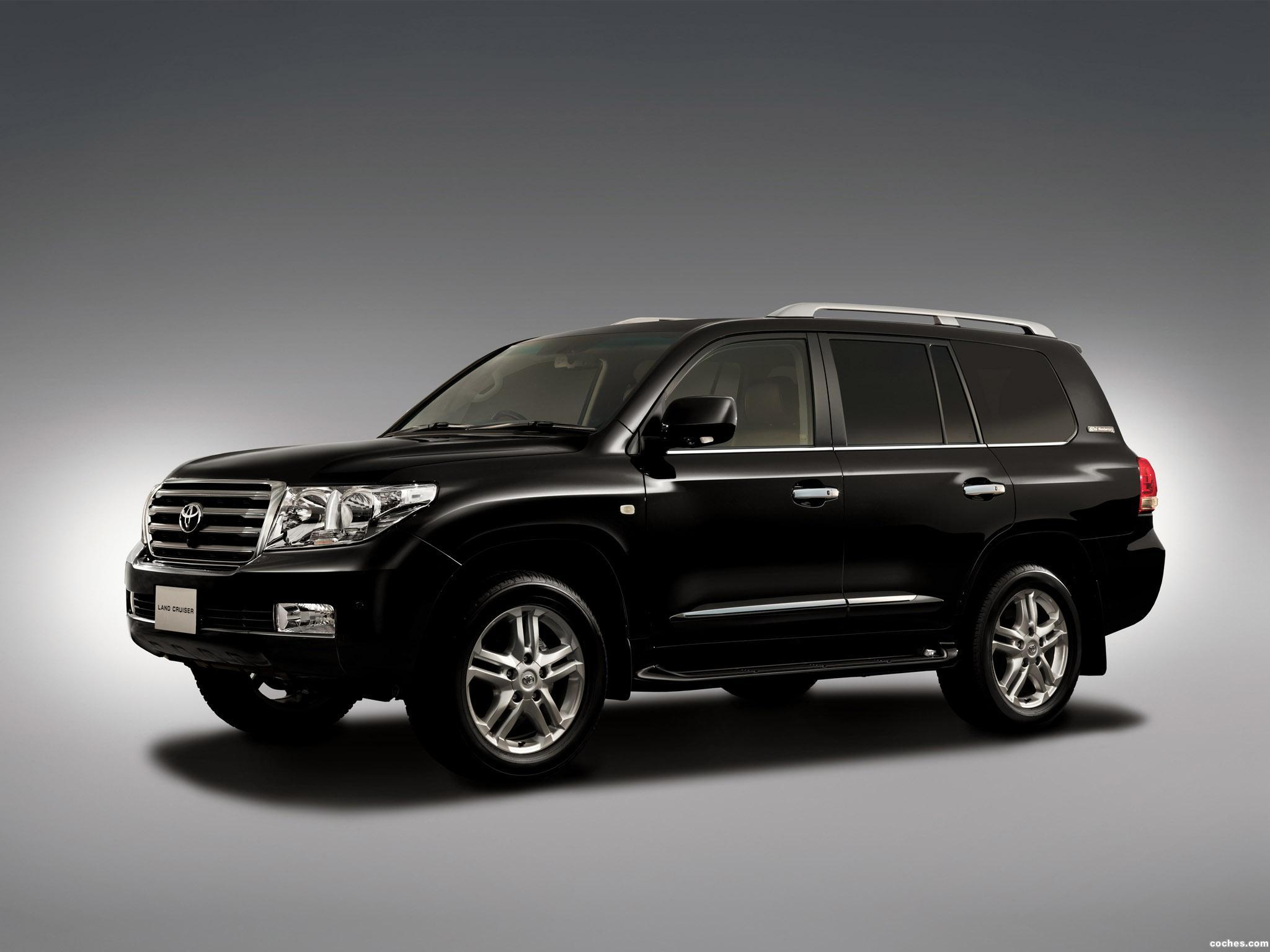 Foto 0 de Toyota Land Cruiser 200 60th Anniversary 2011
