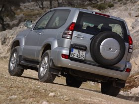 Ver foto 15 de Toyota Land Cruiser 2003
