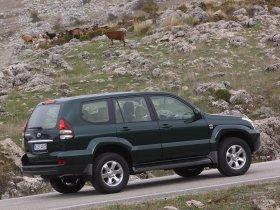 Ver foto 26 de Toyota Land Cruiser 2003