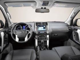 Ver foto 10 de Toyota Land Cruiser 2010