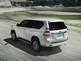 Ver foto 12 de Toyota Land Cruiser 5 puertas 2013