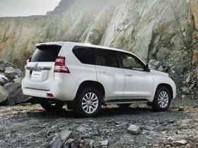 Ver foto 9 de Toyota Land Cruiser 5 puertas 2013