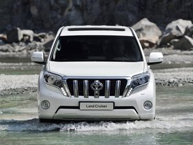 Ver foto 2 de Toyota Land Cruiser 5 puertas 2013