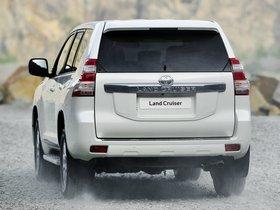 Ver foto 19 de Toyota Land Cruiser 5 puertas 2013