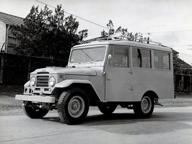Fotos de Toyota Land Cruiser Station Wagon FJ28L 1956