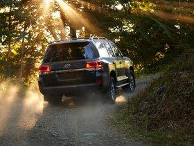 Ver foto 16 de Toyota Land Cruiser URJ200 USA 2015