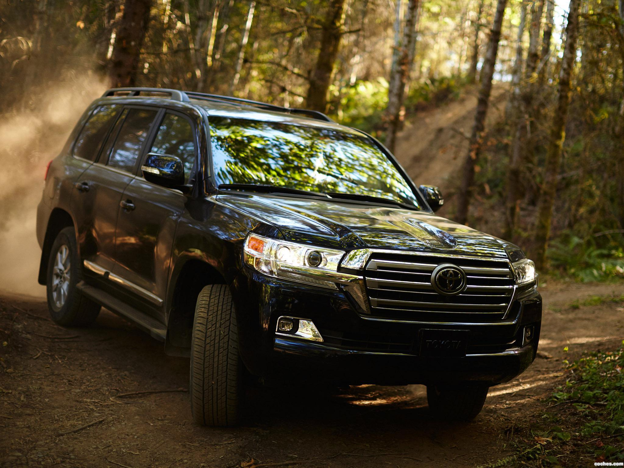 Foto 0 de Toyota Land Cruiser URJ200 USA 2015