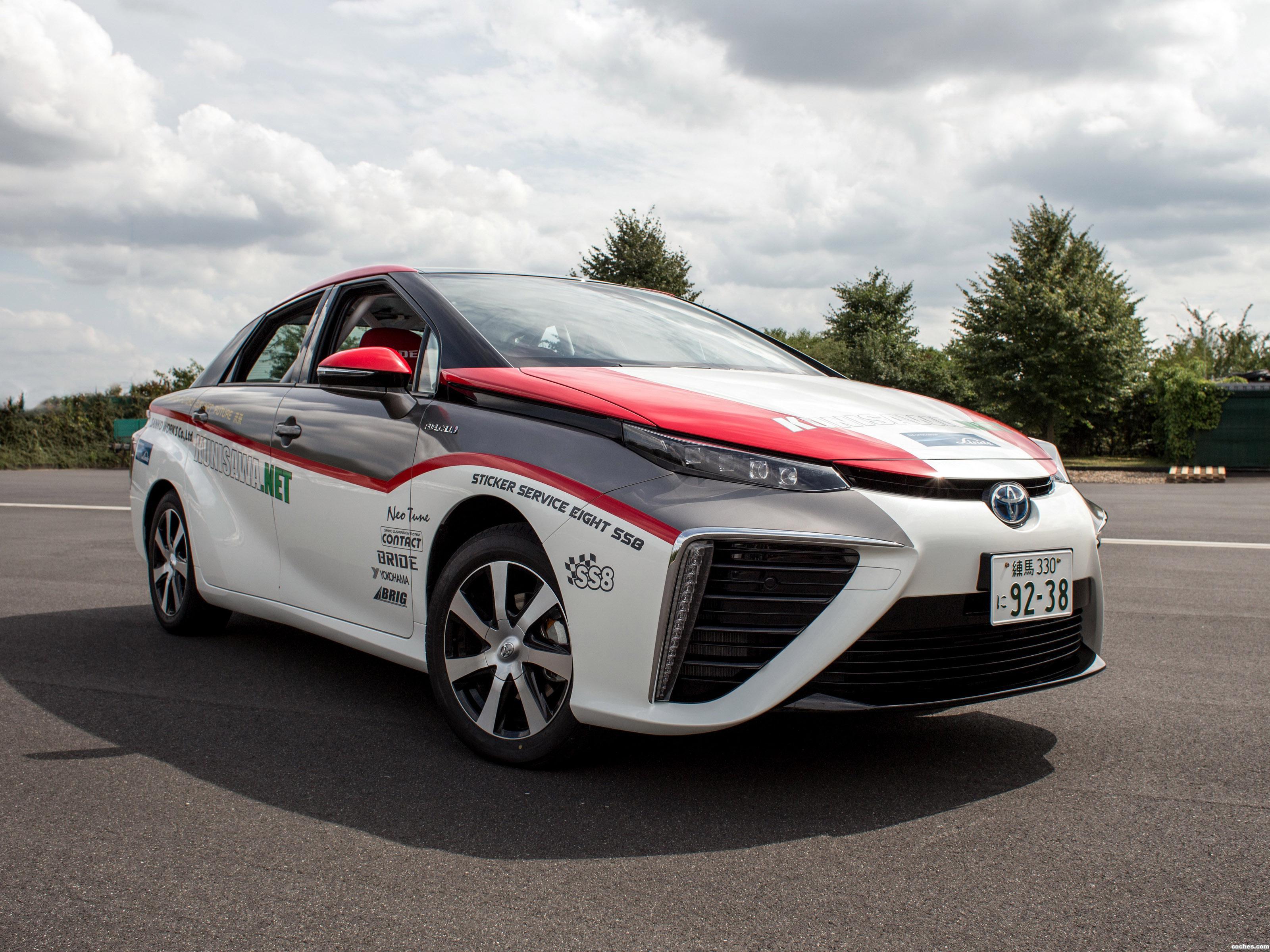 Foto 0 de Toyota Mirai ADAC Rallye 2015