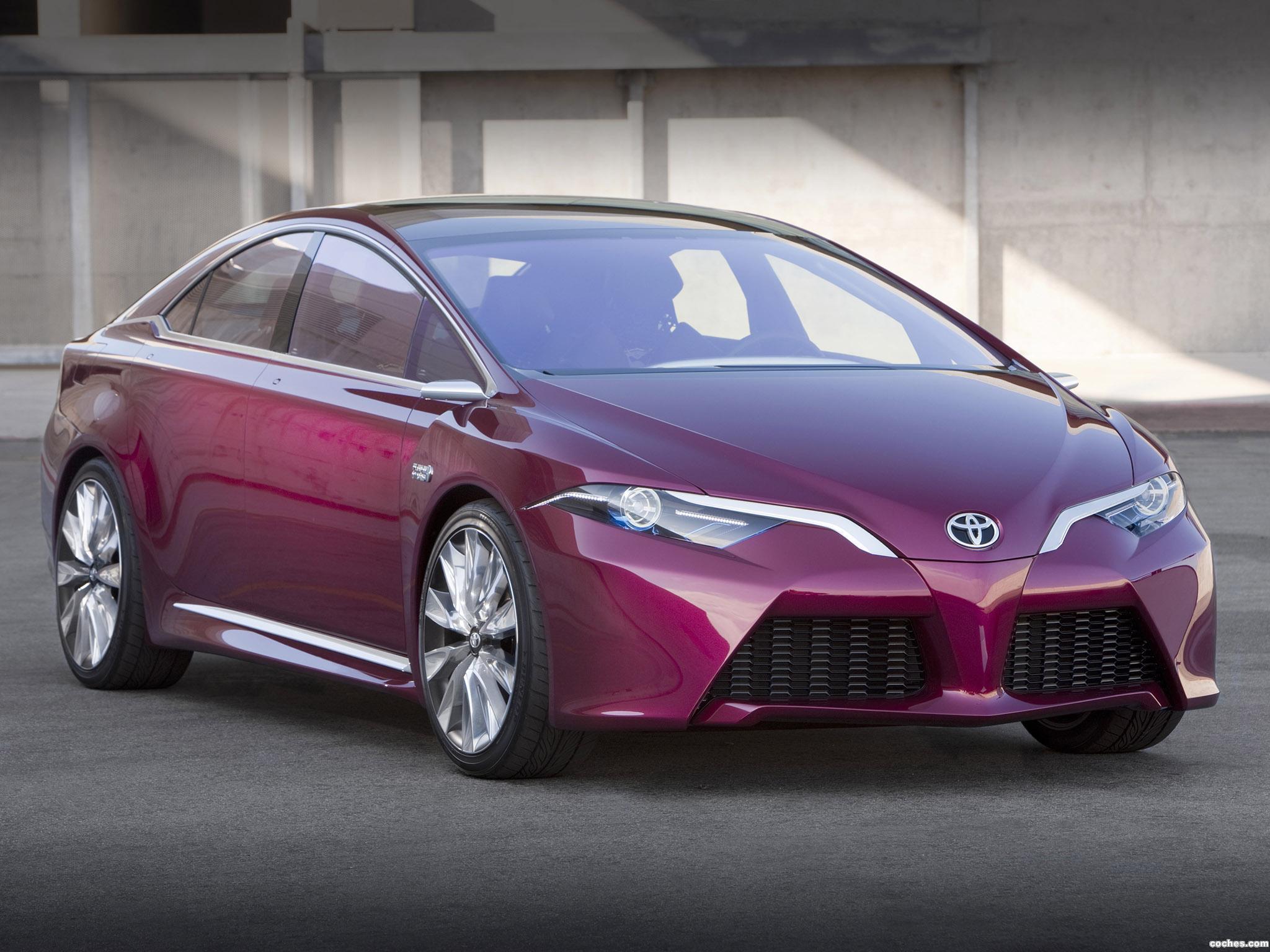 Foto 0 de Toyota NS4 Plug-in Hybrid Concept 2012