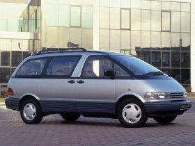 Ver foto 2 de Toyota Previa 1990