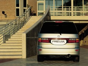 Ver foto 12 de Toyota Previa 2000