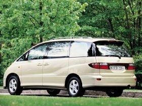 Ver foto 2 de Toyota Previa 2000