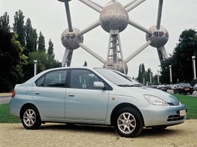 Ver foto 3 de Toyota Prius 2000