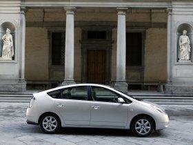 Ver foto 16 de Toyota Prius 2004