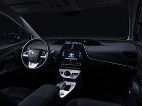 Ver foto 2 de Toyota Prius 2015