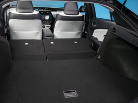Ver foto 27 de Toyota Prius 2015