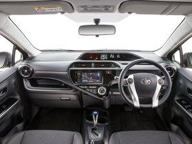Ver foto 10 de Toyota Prius C Australia 2015