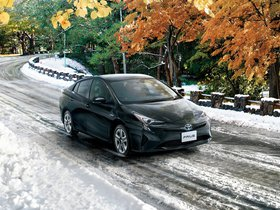 Ver foto 11 de Toyota Prius Japon 2015