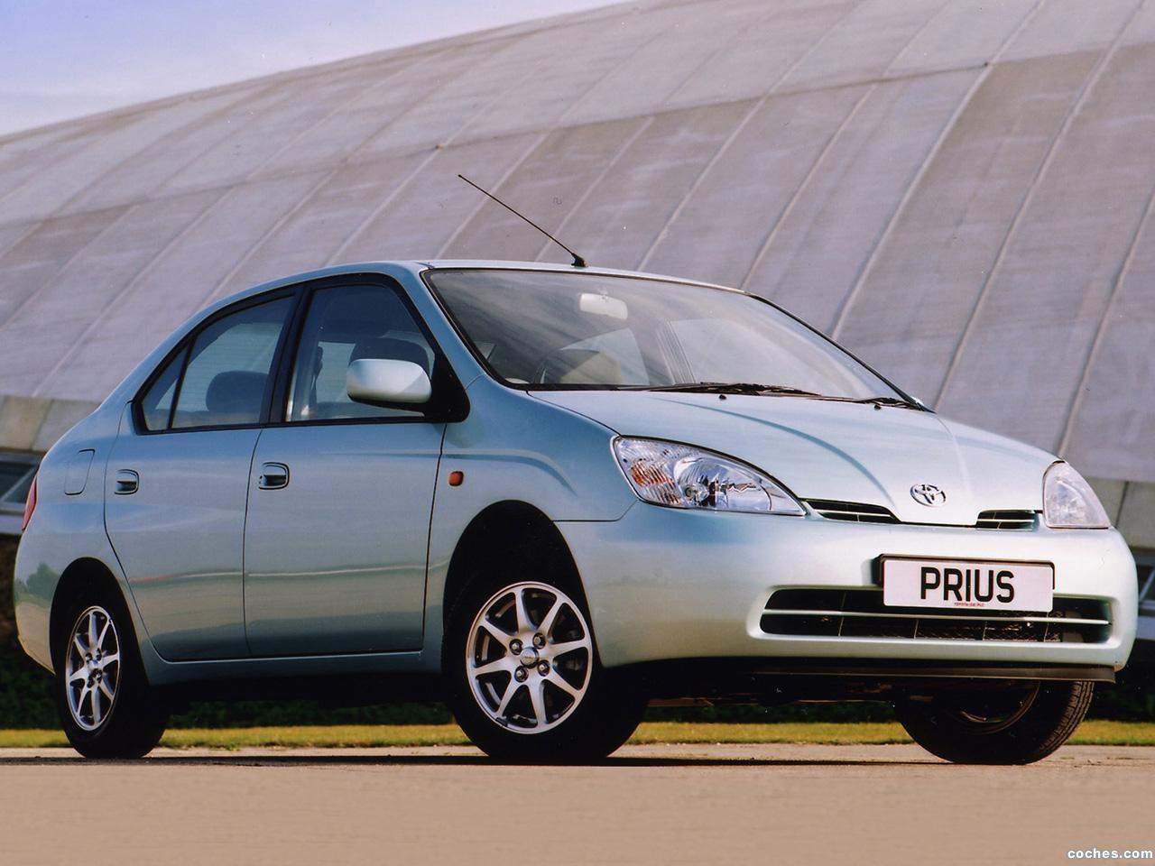 Foto 2 de Toyota Prius NHW11 UK 2001