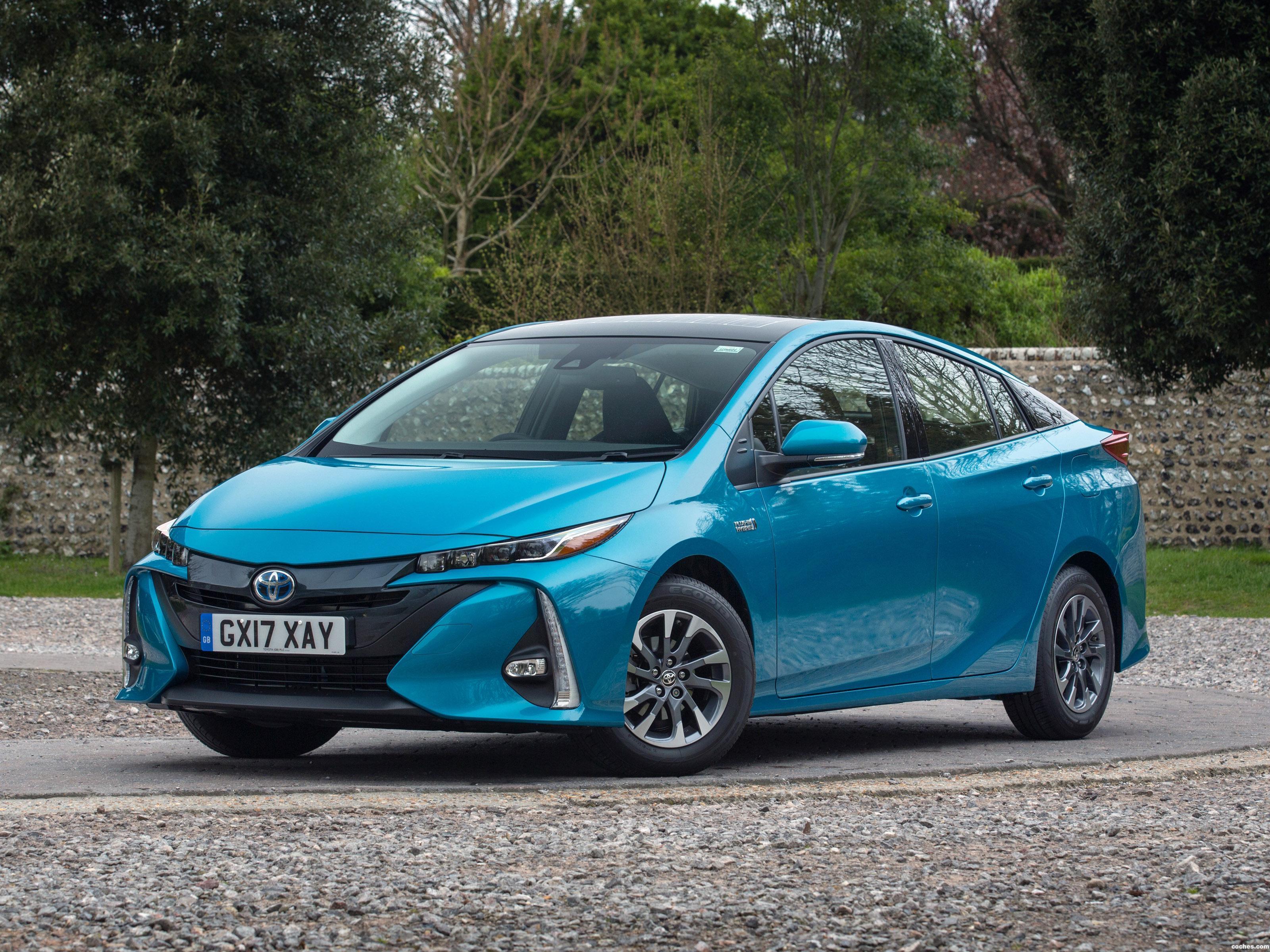 Foto 0 de Toyota Prius Plug-In Hybrid UK  2017