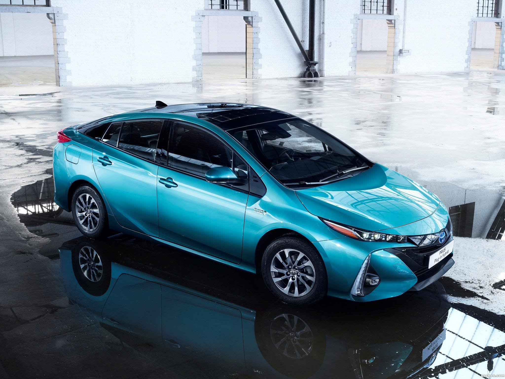 Foto 0 de Toyota Prius Plug-in Hybrid 2016