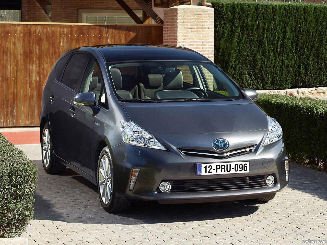 Foto 16 de Toyota Prius Plus Hybrid MPV 2011