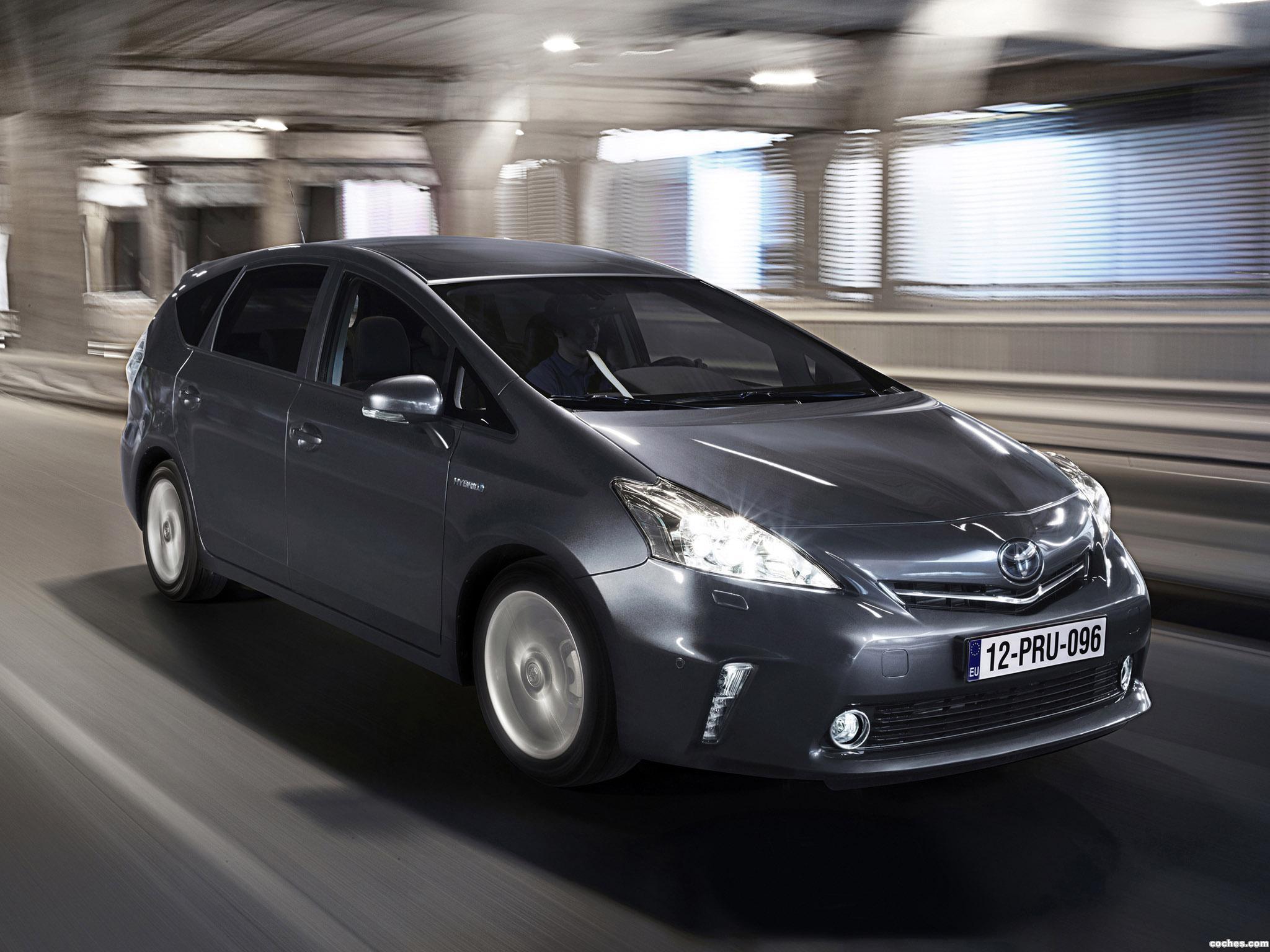 Foto 8 de Toyota Prius Plus Hybrid MPV 2011