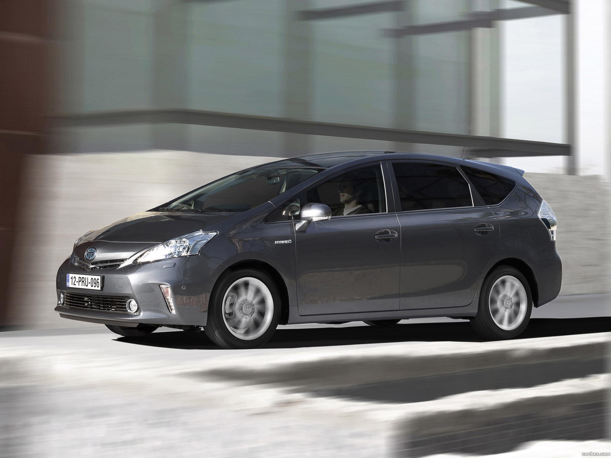 Foto 7 de Toyota Prius Plus Hybrid MPV 2011