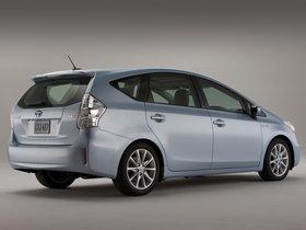 Ver foto 23 de Toyota Prius V 2011