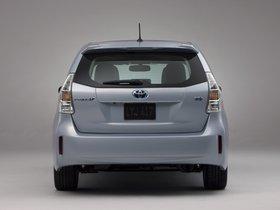 Ver foto 19 de Toyota Prius V 2011