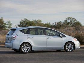Ver foto 17 de Toyota Prius V 2011