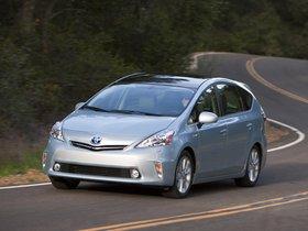 Ver foto 14 de Toyota Prius V 2011